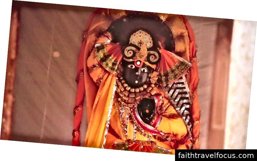 Vị thần Dauji (Ảnh của Ananta Vrindavan das)