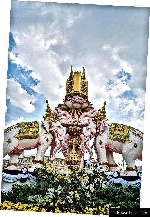 Bangkok   Via-Pixabay, engin_akyurt, Muff