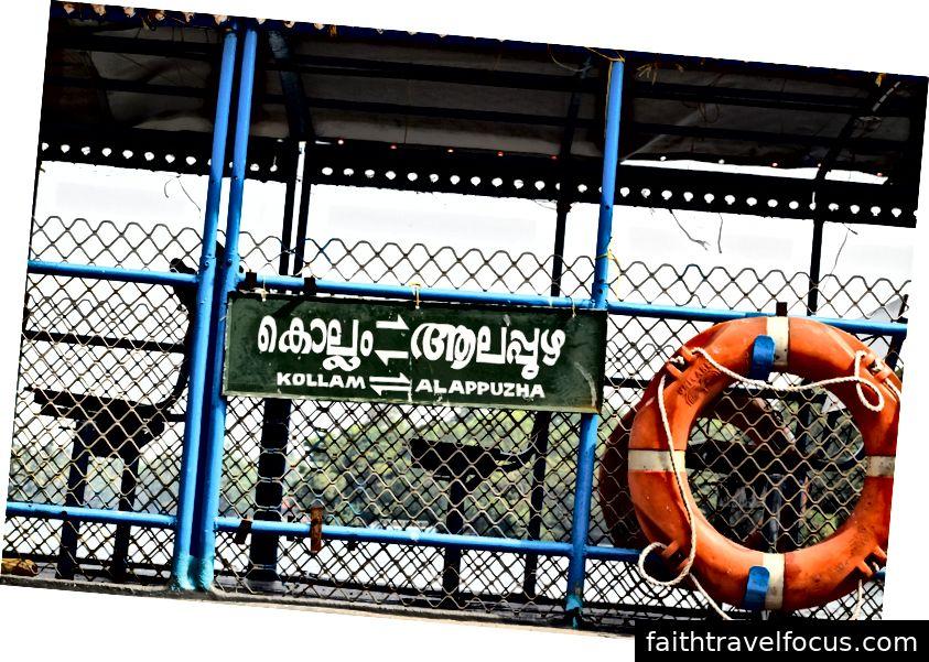 Dịch vụ phà tại Kollam