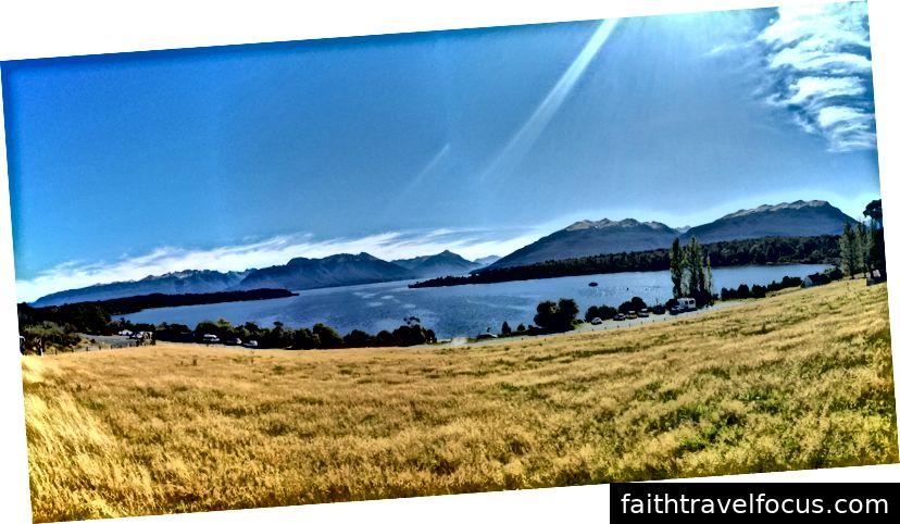 Một điểm dừng chân cuối cùng để thưởng ngoạn phong cảnh xung quanh hồ Te Anau