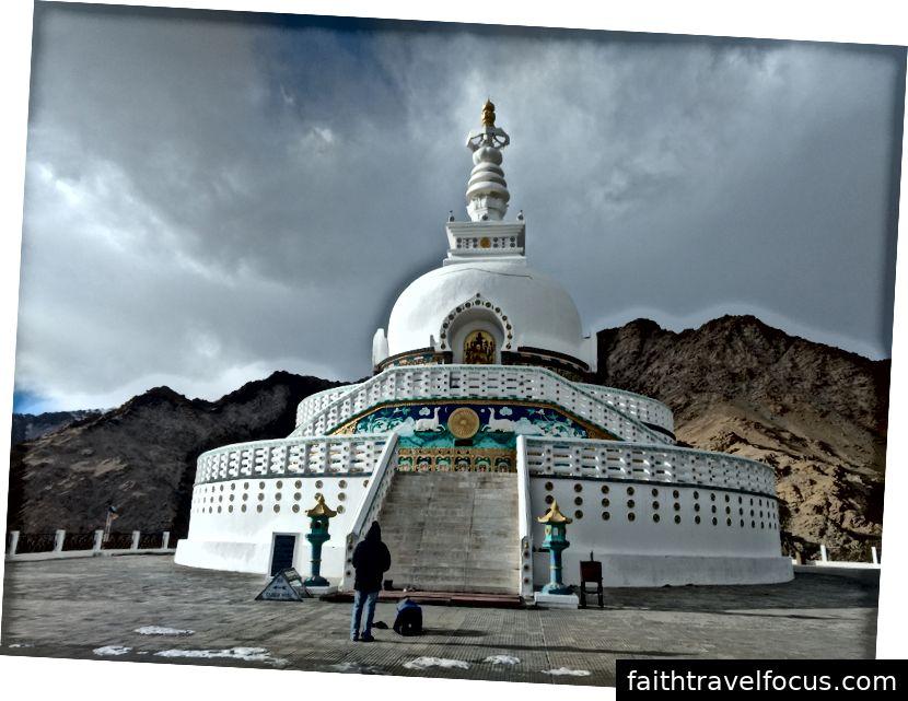Shanti Stupa - thành phố Leh