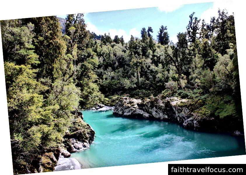Hẻm núi Hokitika - Vùng nước xanh / xanh tráng lệ của sông Hokitika.