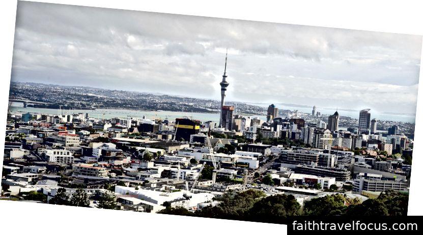Auckland - Một nơi sôi động và đa dạng, nơi thiên nhiên và lối sống đô thị lên bờ, cùng với hơn 50 hòn đảo, hình nón núi lửa, bờ biển dài và những bãi biển chỉ cách đó vài phút.