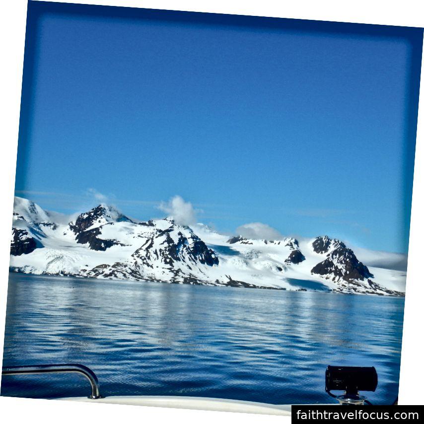 Blick von unserem Boot in Richtung Norden. Foto Credit Julia Hubbel