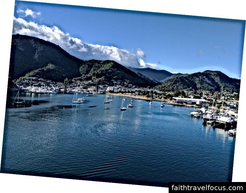 Vịnh Picton, New Zealand. Ảnh của tác giả.