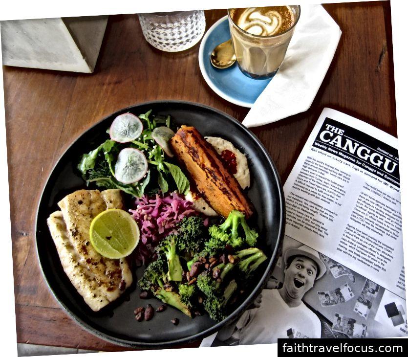 Đồ ăn của Bali khá tươi, hương vị và tốt cho sức khỏe!