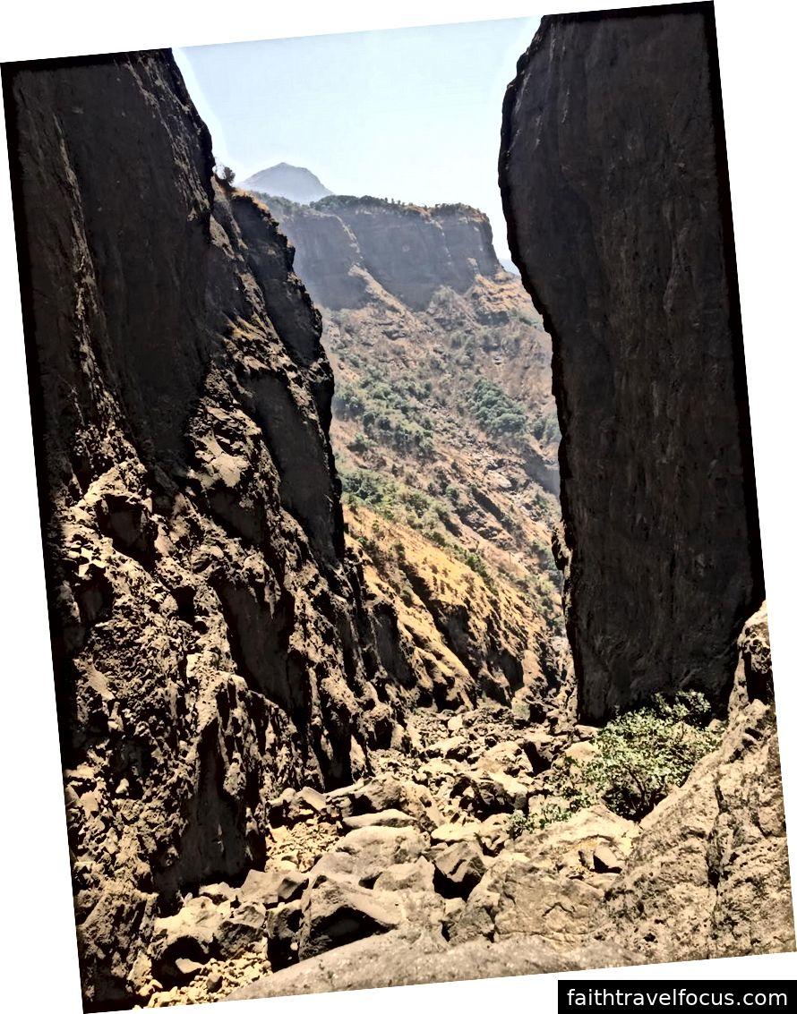Bạn có thể thấy những tảng đá khổng lồ đó không - vâng đây là những gì tôi đang nói về