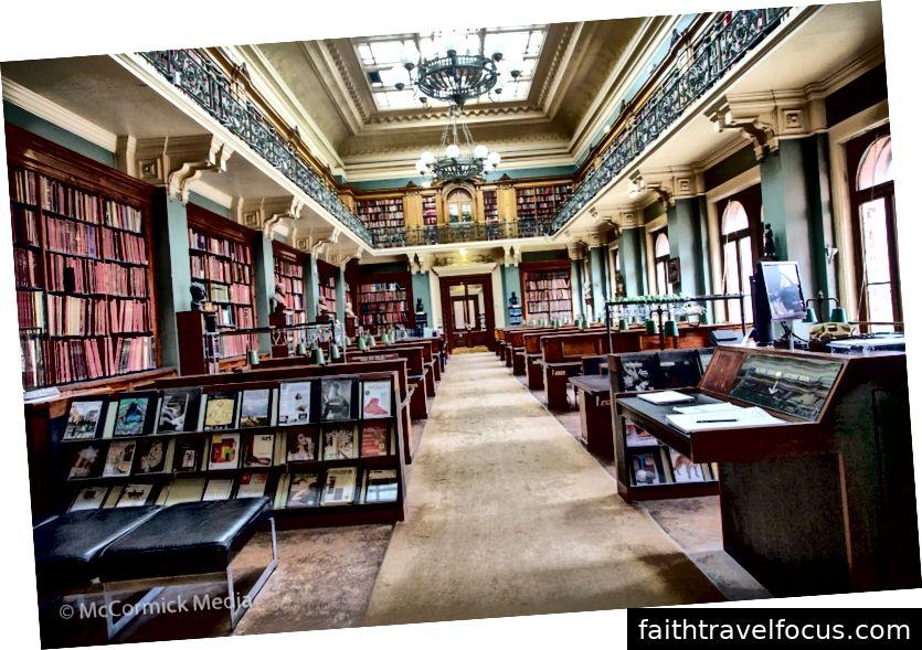 Bảo tàng Victoria và Albert - Thư viện Nghệ thuật Quốc gia