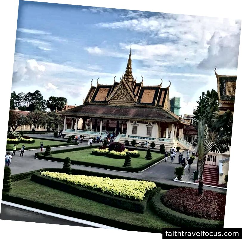 Cung điện Hoàng gia, Phnôm Pênh
