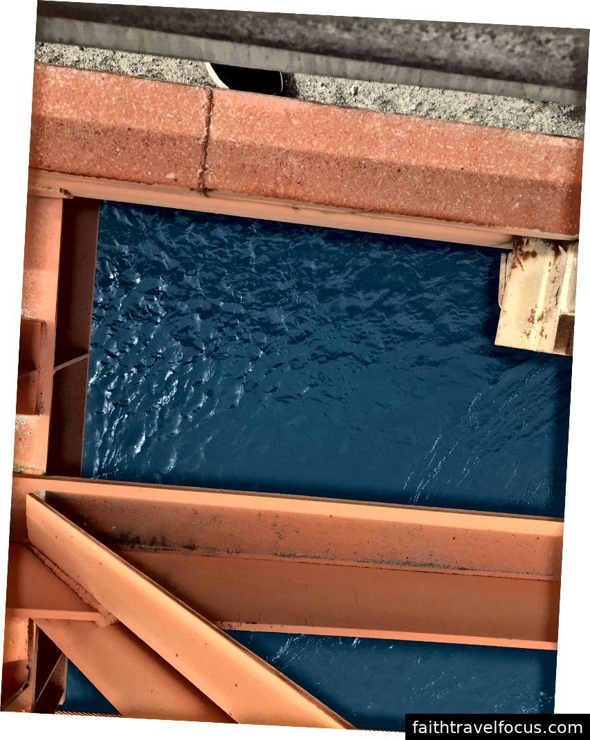 Màu của nước thật xanh!