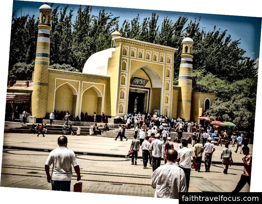 Nhà thờ Hồi giáo Id Kah của Kashgar (Ảnh: Abd. Halim Hadi / Shutterstock)