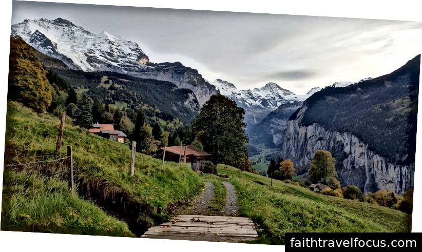 Dành một tuần ở Bernese Alps có thể dẫn đến những tưởng tượng không lành mạnh về việc bảo lãnh cho cuộc sống thành phố và hướng đến những ngọn đồi. Hoàn toàn không thực tế nhưng hey, bạn tình yêu!