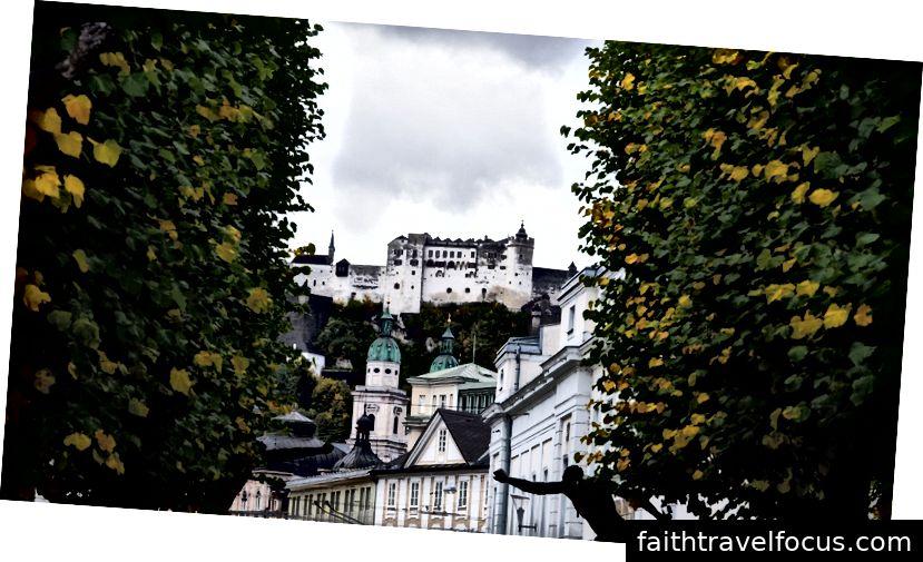 HILLS IS ALIVE: Salzburg là thành viên của Danh sách Di sản Thế giới của UNESCO từ năm 1997. Đây được coi là một thành phố có giá trị vượt trội đối với nhân loại.