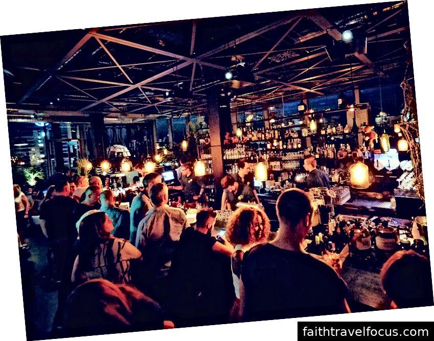 Monkey Bar, 25h Hotel Berlin (ảnh tín dụng Fodor Hướng dẫn)