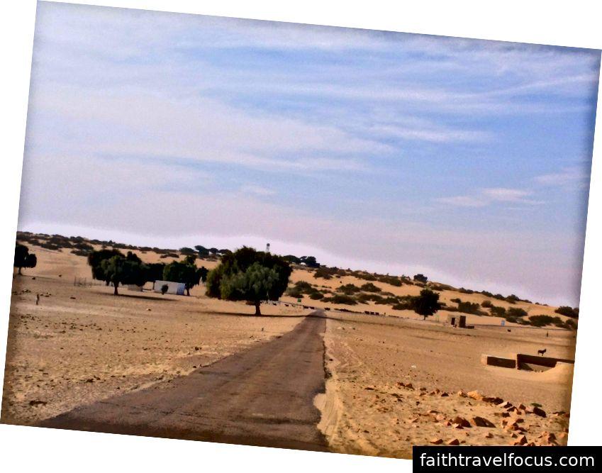 Đường dẫn đến một ngôi làng