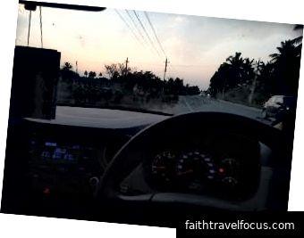 Xe hơi lái: Hyundai Accent