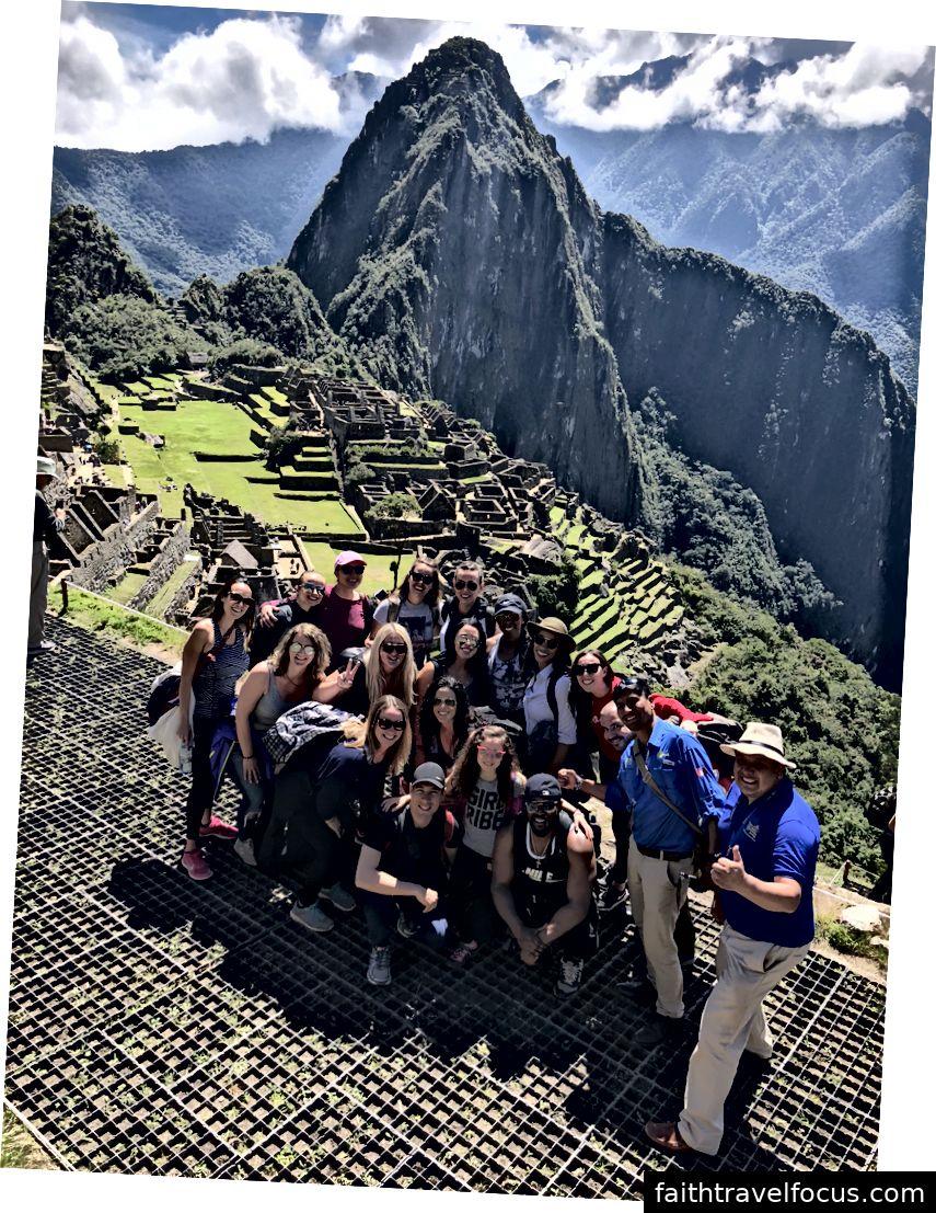 Một số phi hành đoàn rút lui của chúng tôi tại Machu Picchu, rõ ràng!
