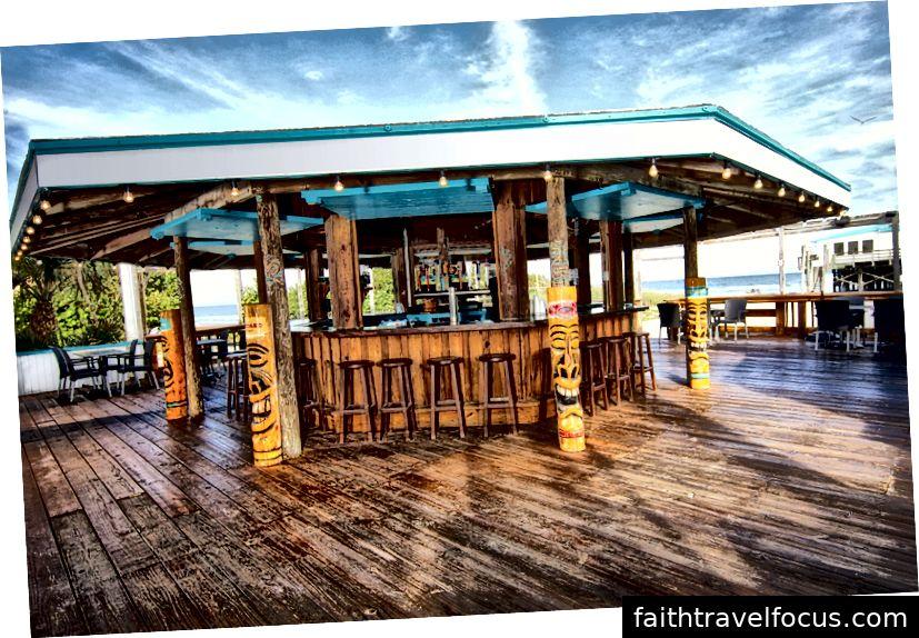 Nhà hàng cacao trên bãi biển • Keith Oyster Oyster Bar