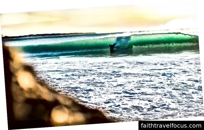 Ngoài lướt sóng, bodyboarding là một môn thể thao phổ biến trong khu vực. (Ảnh của Khám phá Puerto Rico)
