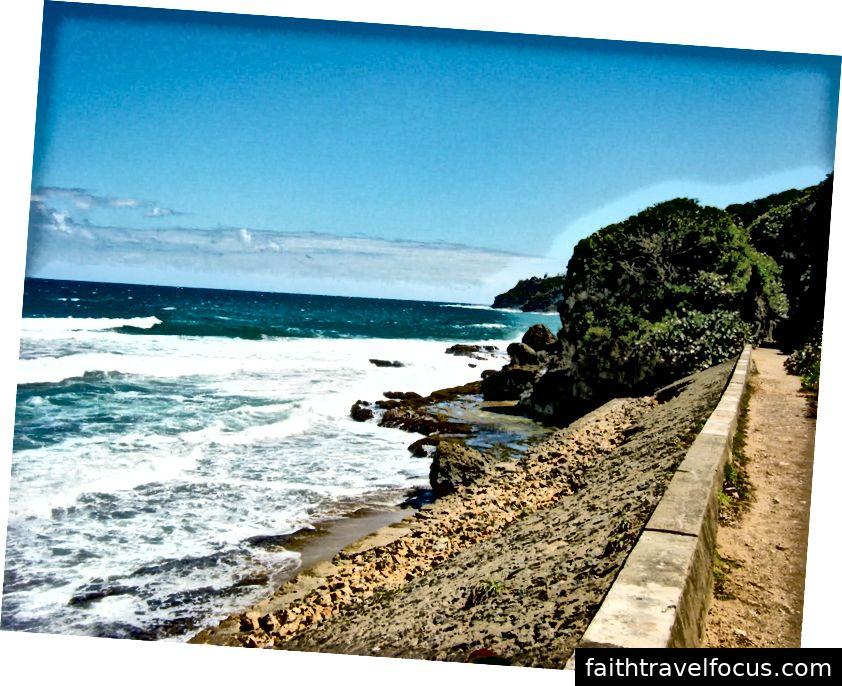 Từ Đường hầm Guajataca cho đến Bãi biển Shacks, Isabela có đầy đủ các tùy chọn lướt web cho những người lướt cấp khác nhau. (Ảnh của VIEWPR)