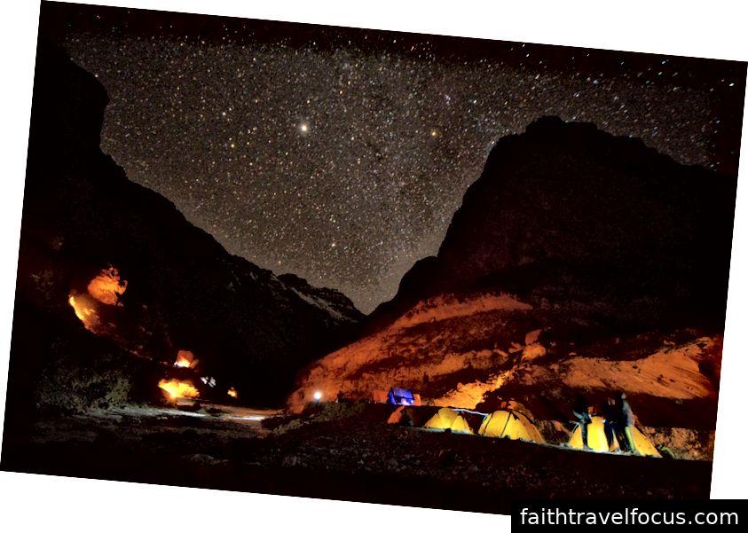 Dải ngân hà tại hang Tibb - Chaddar trek