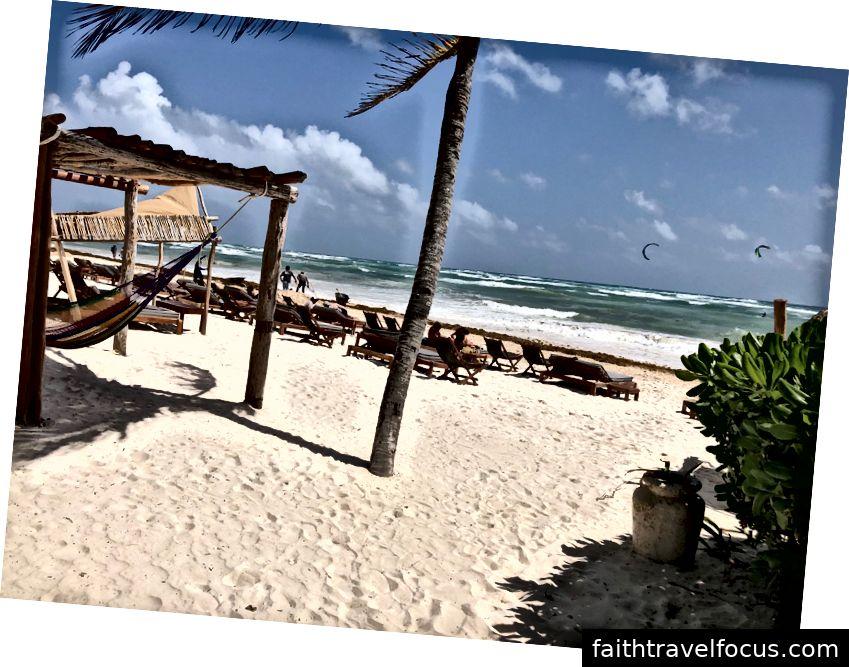 Bãi biển ở Tulum, Mexico.