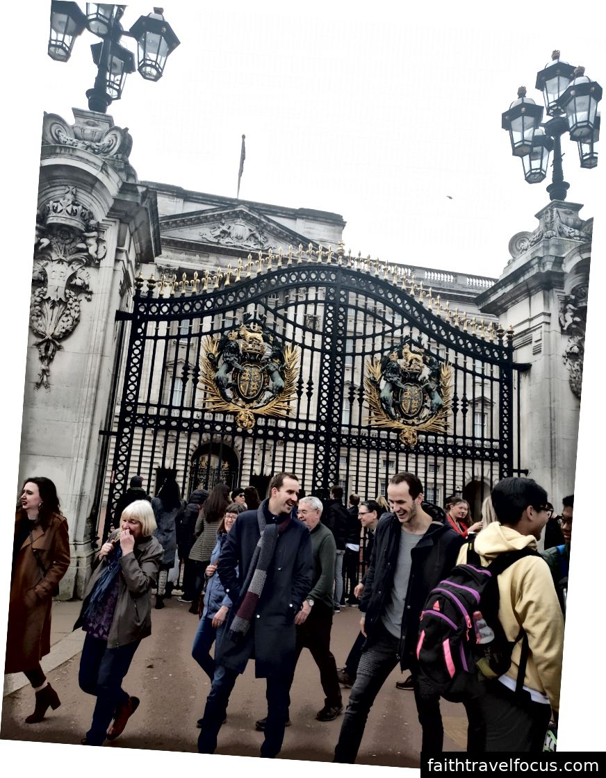 Little Ben, Cung điện Buckingham