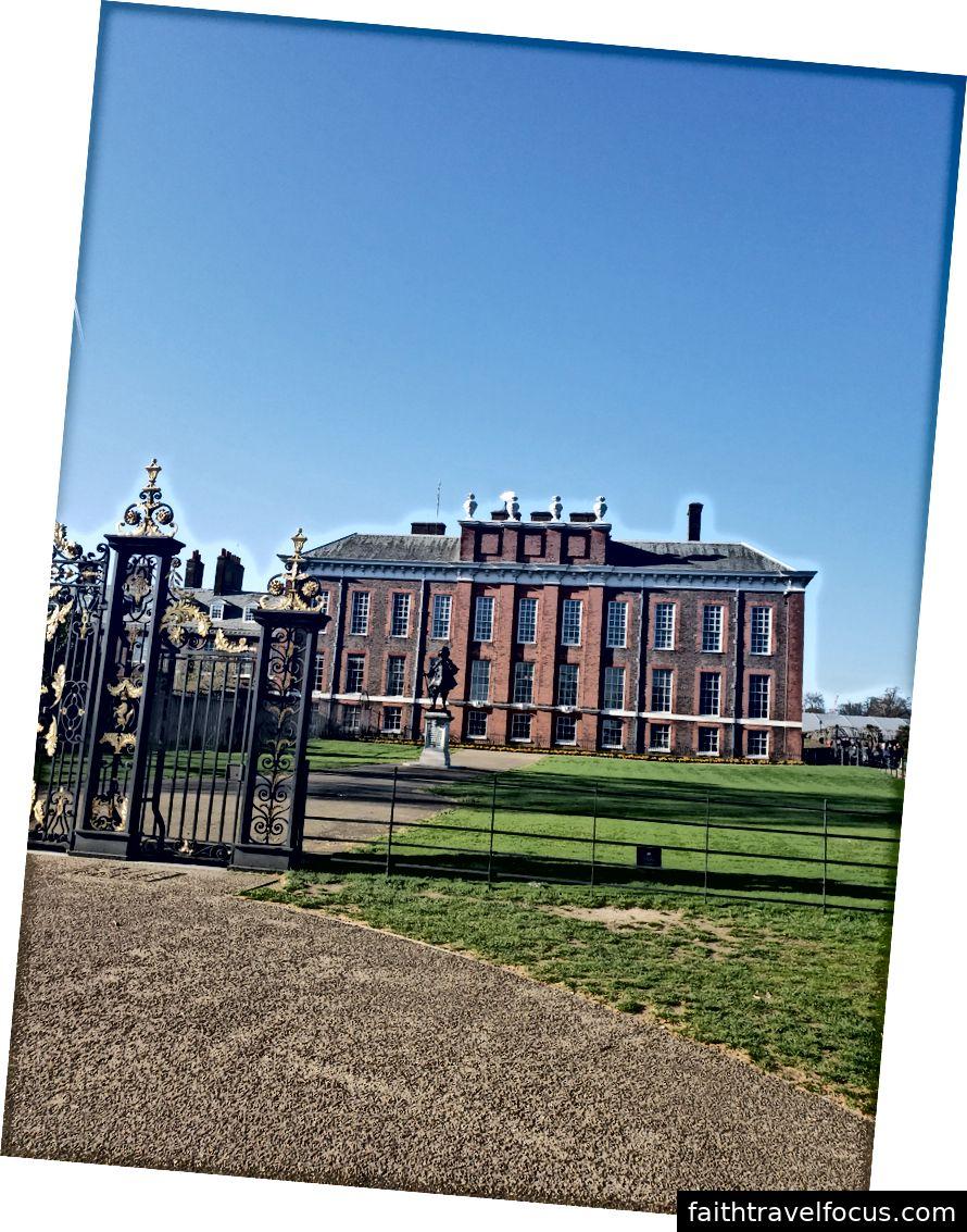 Ga Kings Cross, Ao Cung điện Kensington, Cung điện Kensington