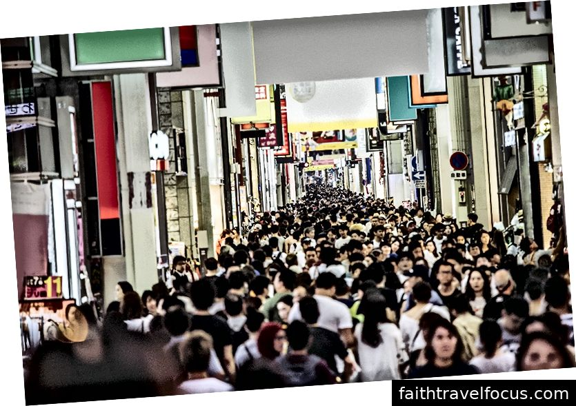 Shinsaibashi ở Osaka, Nhật Bản