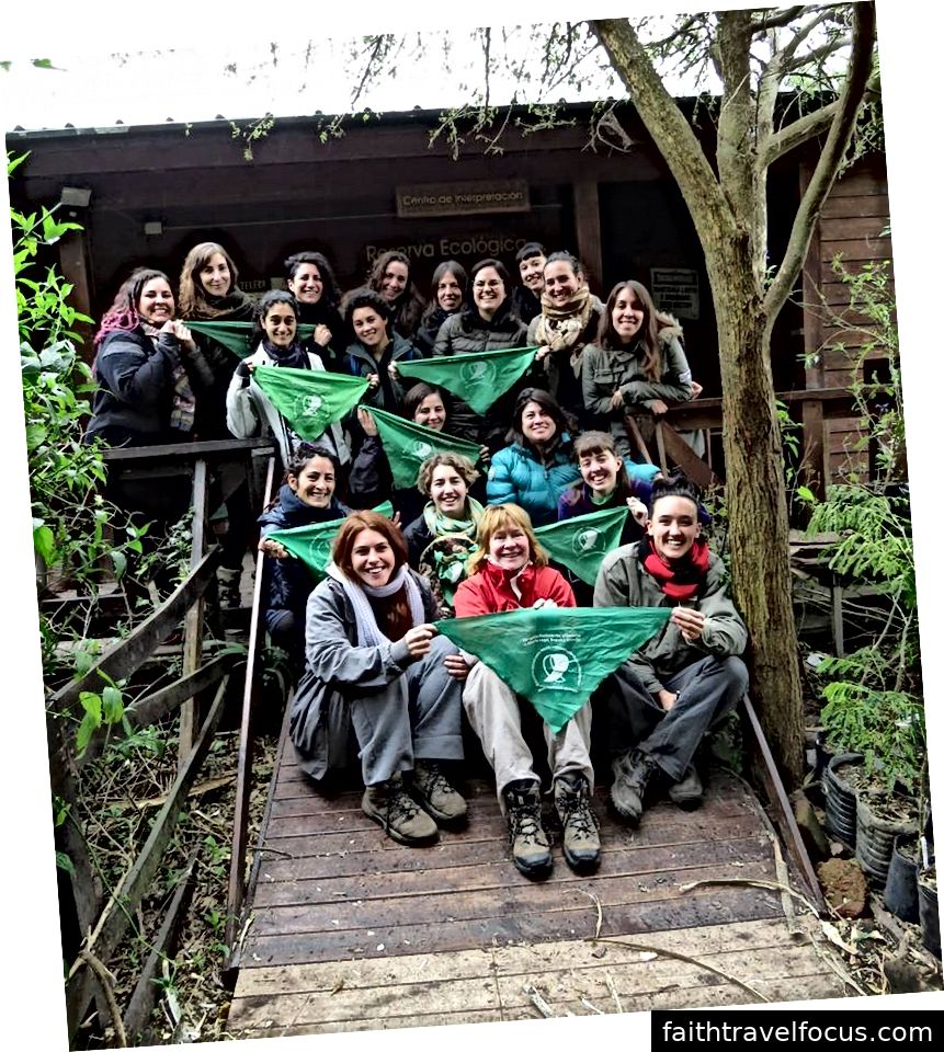 Inauguračná prechádzka Collectiva Observadoras de Aves (COA) Feminista, mimo Buenos Aires, Argentína. Júl 2018 Foto s láskavým dovolením COA Feminista.