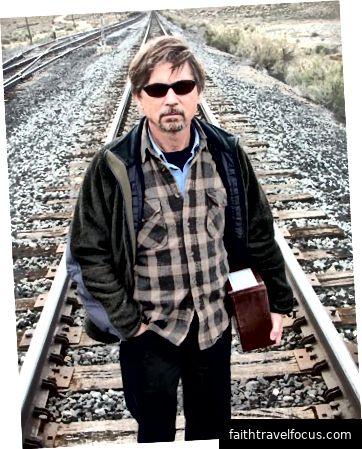 Jim Stiles là biên tập viên và đồng phát hành của Canyon Country Zephyr