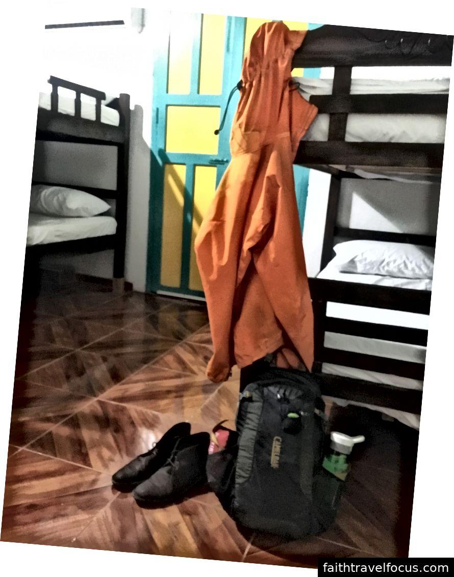 Đi kèm trong màu cam hi-vis đáng yêu này, quá. Đây là tất cả mọi thứ tôi sở hữu.