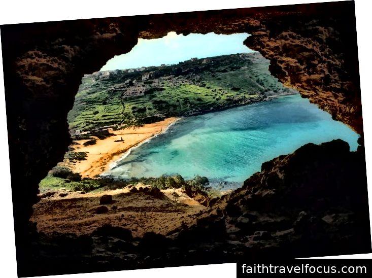 Gozo ja Comino on telkimisplatsidega täis. Ramla Bay, Gozo. Pildiallikas: visitgozo.com