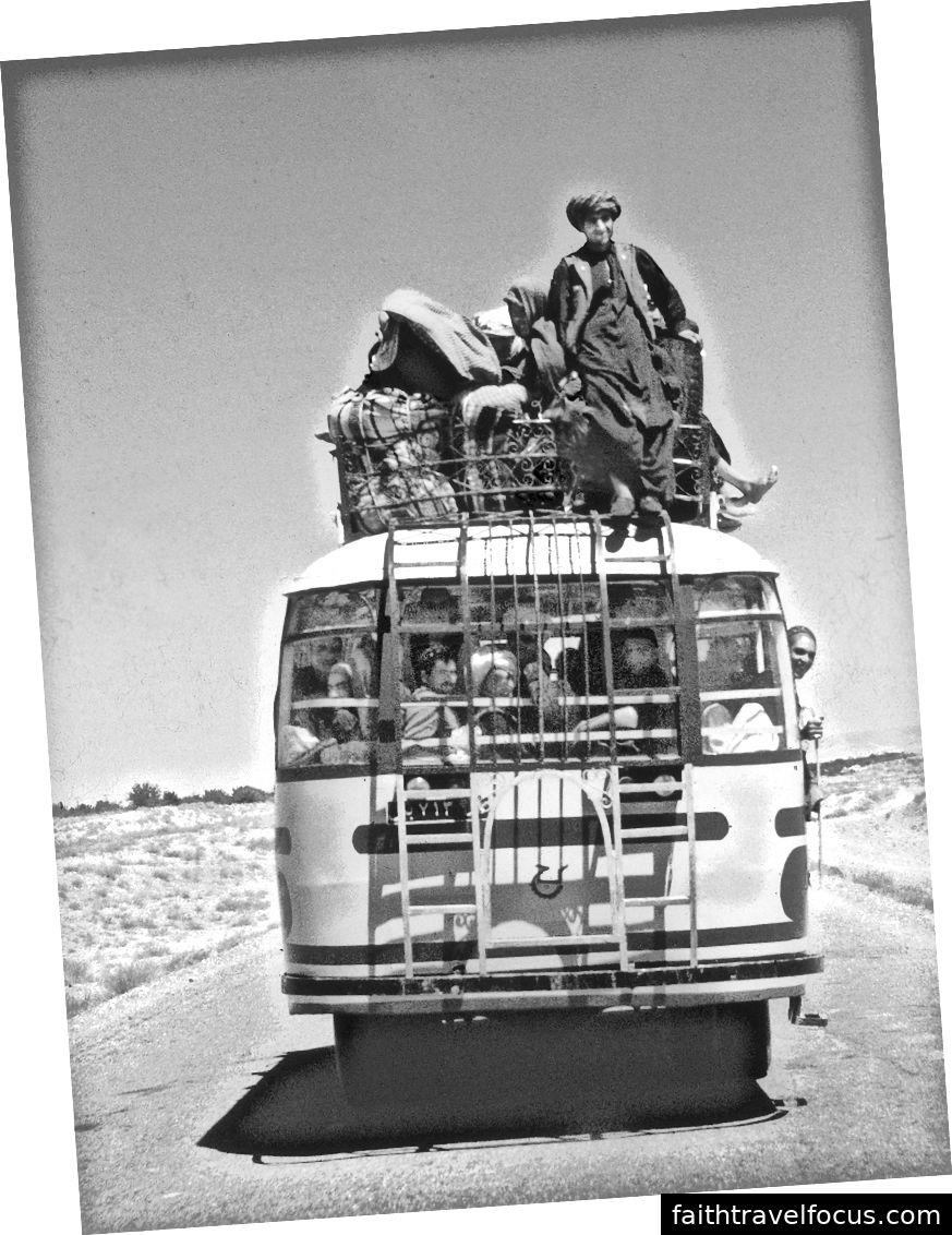 Afghani Langstreckenbus.