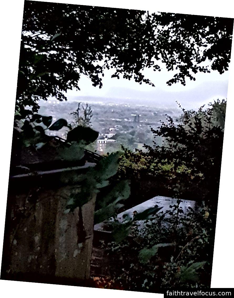 Vista dalla collina.