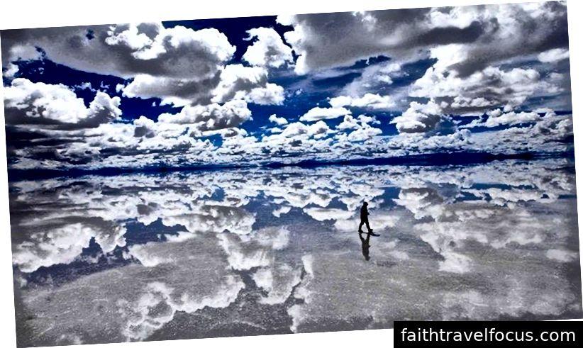 Salar de Uyuni on maailma suurim soolaklass, mille mõõtmine on 10,582 km.