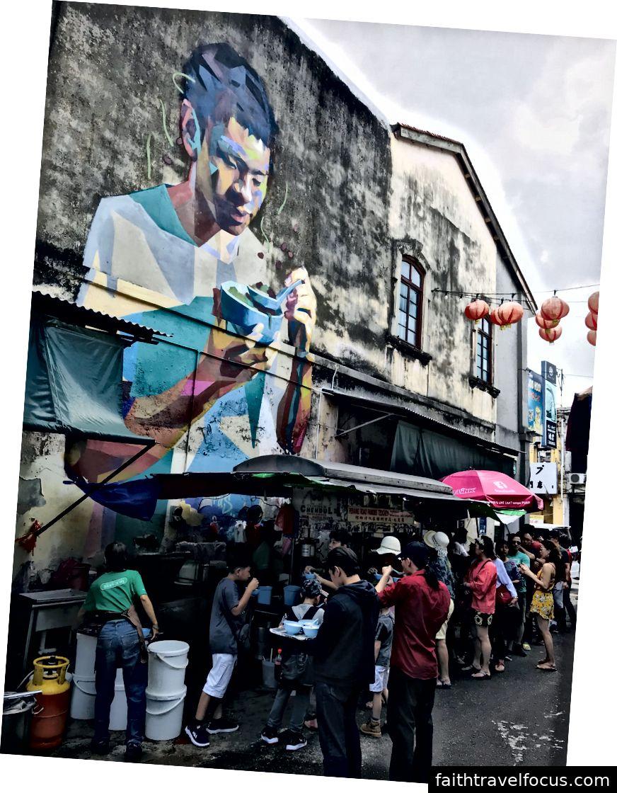 På en berömd Cendol butik - den berömda malaysiska desserten