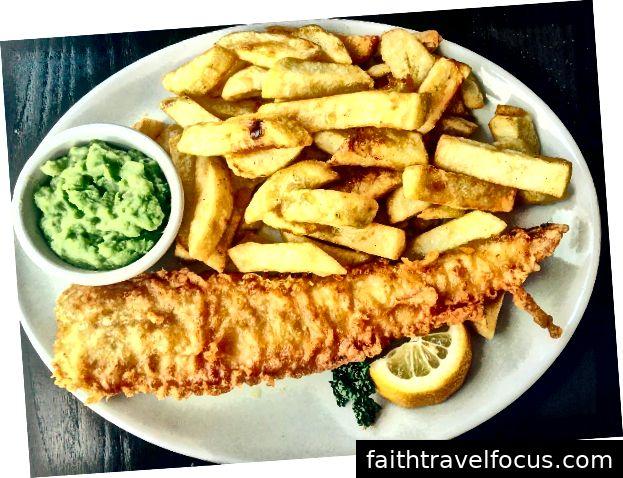 الأسماك والبطاطا مشهورة جدا في مدينة لندن