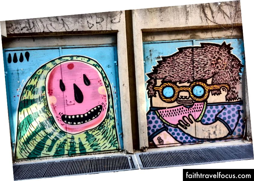 Farebné pouličné umenie v kaplovskej štvrti Plovdiv