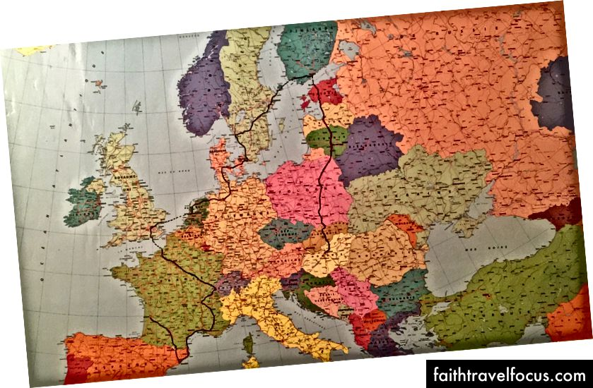 Det eksakte reisekartet over de 15 landene som krysses av sykler i Europa før USA (tegnet av min far ❤)