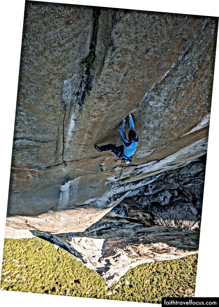 Scaling El Capitan ในหนึ่งวัน ภาพถ่ายโดย Jeff Johnson