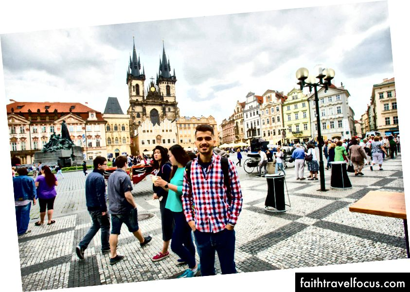 (Old Town Square - Prague)