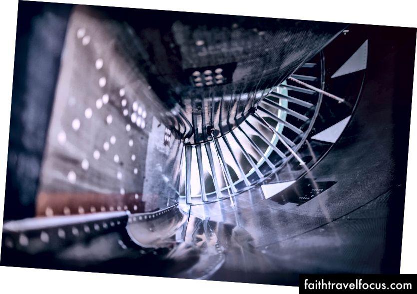 Một trong những động cơ có đường kính 10 feet A-380.