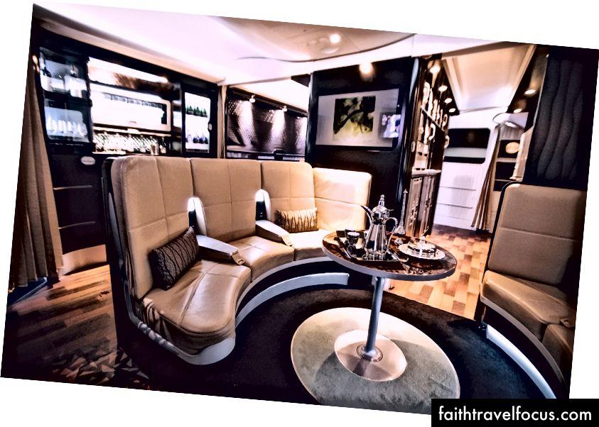 De Business Class Lounge, waar ik de andere helft van de reis zou doorbrengen.