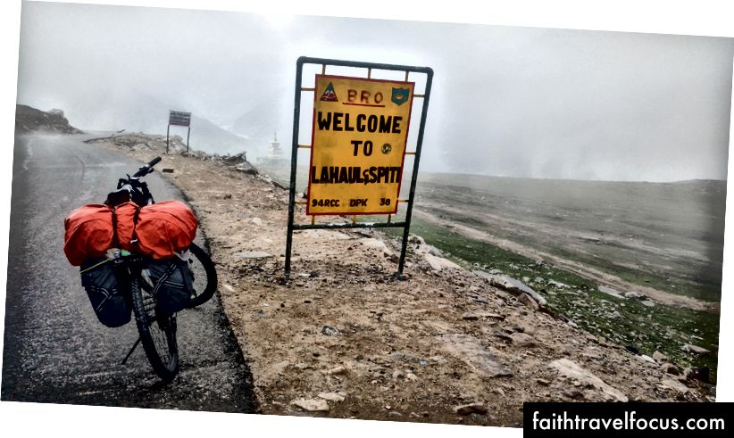 จบ Climb to Rohtang Pass (3980 msl)