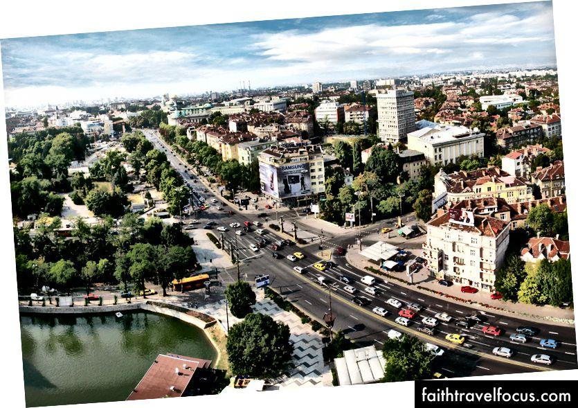 Địa ngục khải huyền là Sofia, Bulgaria, thông qua Wikipedia.