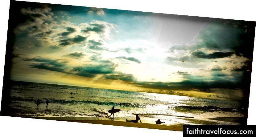 Bãi biển Batu Bolong, Bali, Indonesia