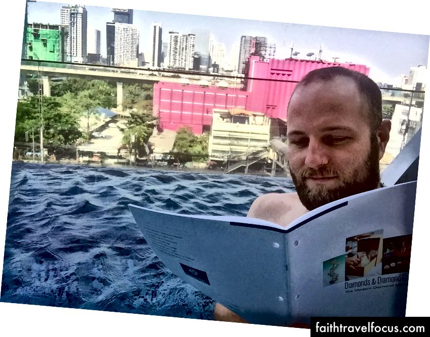 Học tập tại bể bơi!