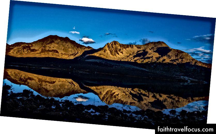 Màu cam đúc trên Matterhorn làm cho nó trông thật đẹp. (Trái: Zermatt Thụy Sĩ, Phải: Tứ Xuyên, Trung Quốc)