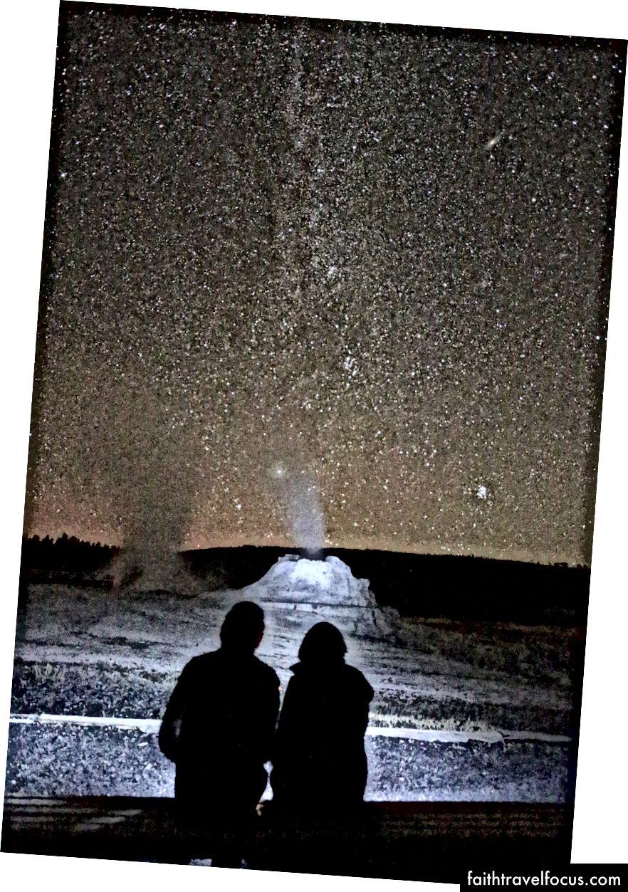 Aspettando che Castle Geyser esploda sotto la Via Lattea